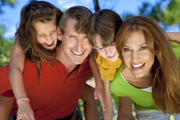 Does A Family Dentist In Rockville Provide Denture Services?